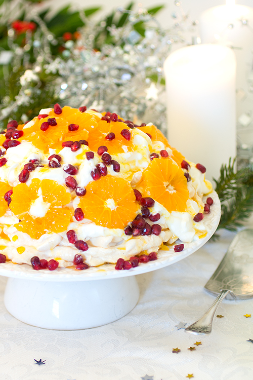 pavlova-m-clementin-o-granatapple