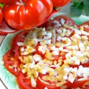 tomat-o-loksallad