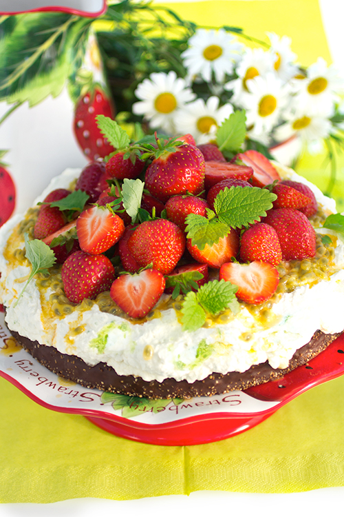 jordgubbstarta-m-passion-och-lime