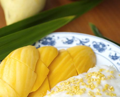 kao-niao-mamuang-mango-m-sticky-rice