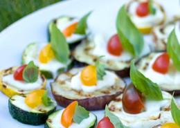 grillad-squash-aubergine-m-mozzarella-o-tomat-basilika