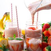 jordgubbs-o-banansmoothie