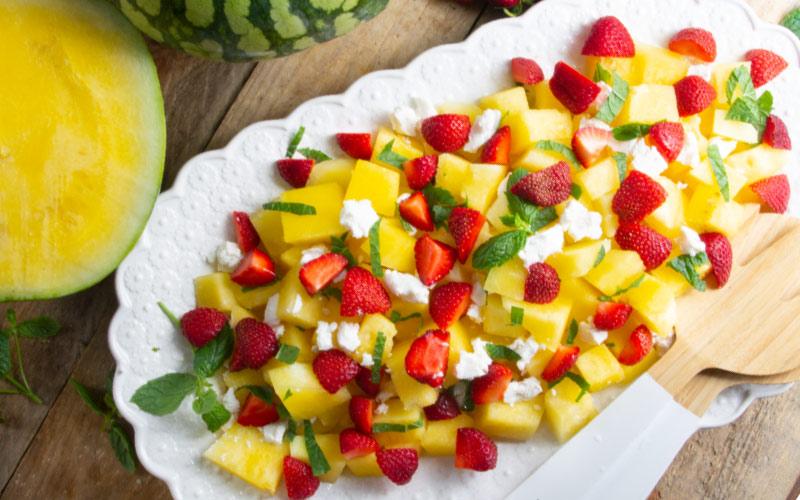 gul-vattenmelon-m-jordgubbar-feta-o-mynta